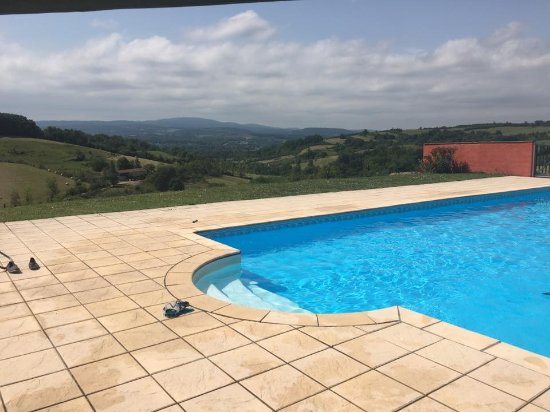 Castex, Frankrike: Beautiful view from the pool