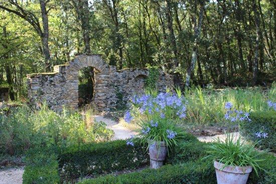 Carlux, Prancis: Le jardin des agapanthes