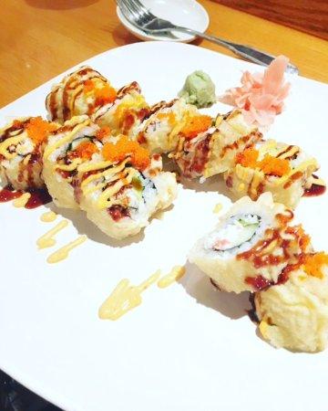 Osaka Japanese Hibachi Steakhouse & Sushi Bar: Bay Roll Special- yummy!!