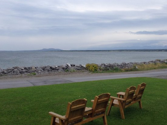 Seabreeze Bed & Breakfast: View from the Sea Breeze B&B deck. Doesn't get better than this!