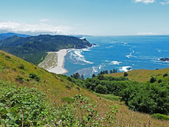 Otis, OR: Ocean view from Cascade Head highland meadow