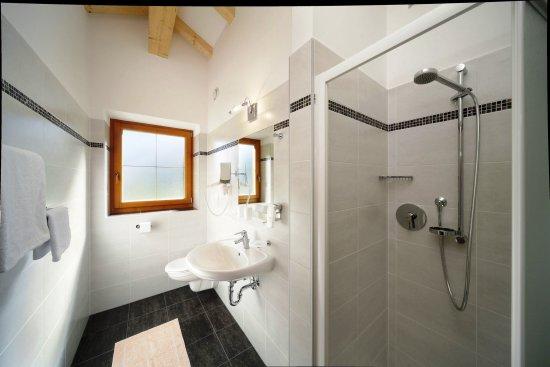 Moso in Passiria, Italia: Badezimmer