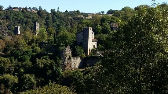 French Riding Holidays: Medieval village on a day ride