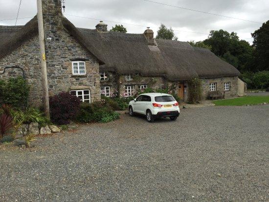 Sourton, UK: The Bearslake Inn