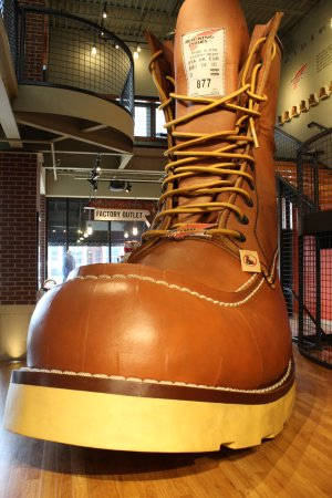 Red Wing, MN: The world's biggest boot..