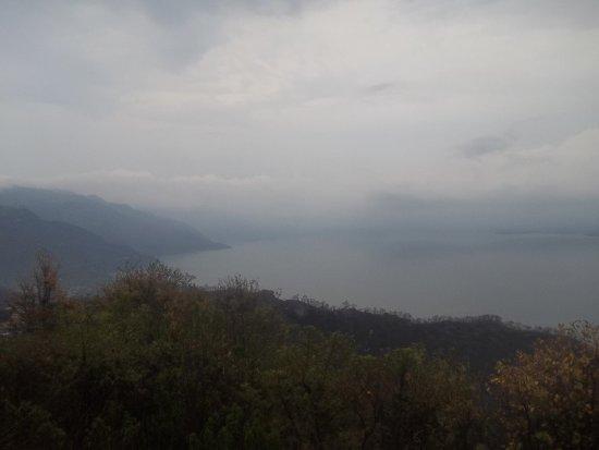 Lake Atitlan, Guatemala: Desde un mirador imagen panoramica