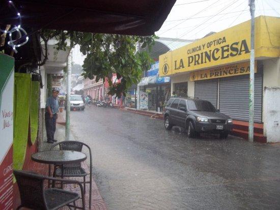 Lake Atitlan, Gwatemala: y se vino la lluvia, sino tomaste el bote es buen momento