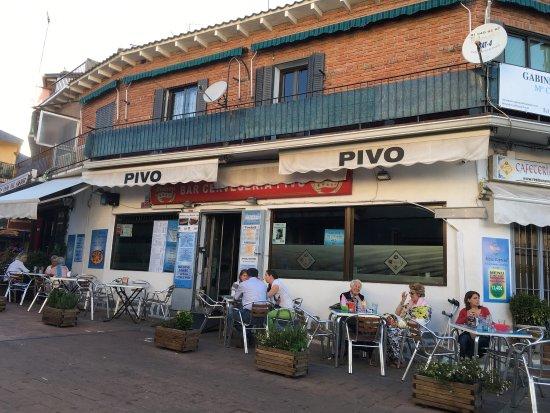 Galapagar, Spanien: Restaurante Pivo