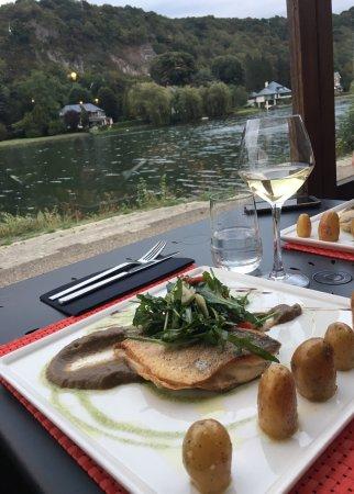 Wepion, Belçika: Tasty dorada fish