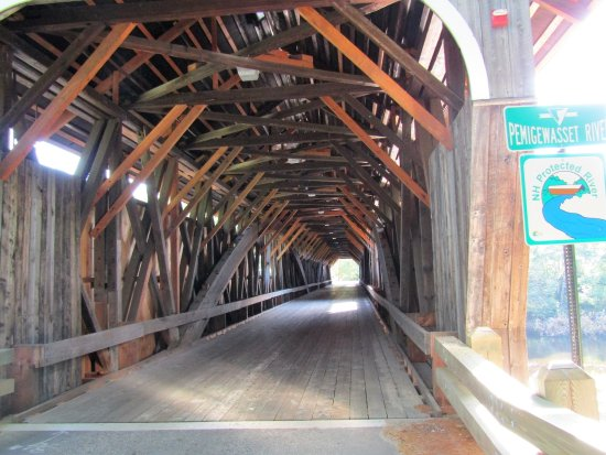 Campton, NH: inside the bridge