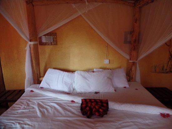 Nsya Lodge & Camp Photo