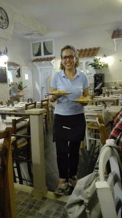 la cameriera :)
