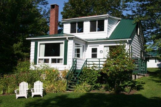 Elmhirst's Resort: Cottage #10