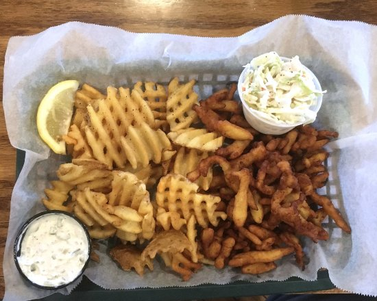 Victor, NY: Thirsty Turtle Clam Basket