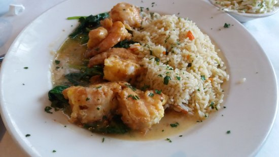 Branford, CT: Shrimp Florentine with spinach and herb rice