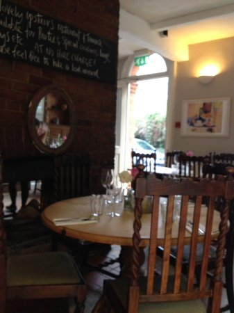 The Old Coach & Horses: Relaxed, friendly ambiance