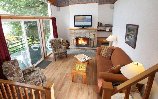 Elmhirst's Resort: Three Bedroom Deluxe Cottage
