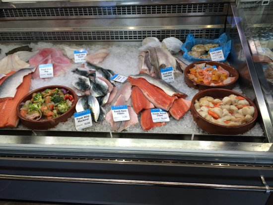 Killorglin, Irlanda: Fish for sale