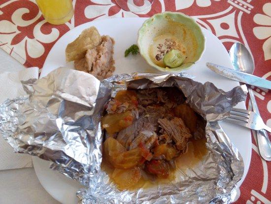 Lagos de Moreno, México: Borrego al horno en salsa de xoconostle.