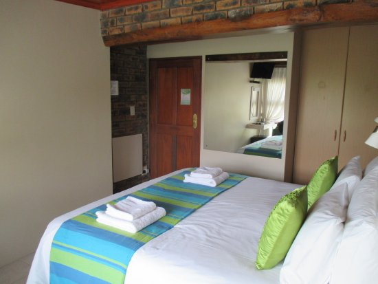 White Shark Guest House : Leopard's Lair bedroom