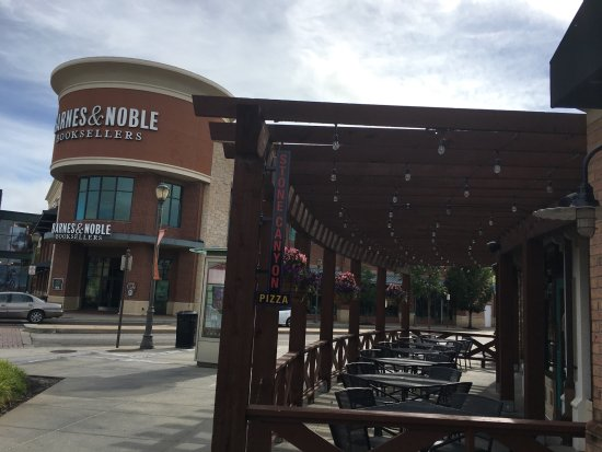 barnes and noble book store picture of zona rosa, kansas cityzona rosa barnes and noble book store