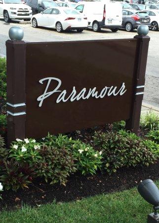 Wayne, PA: Paramour sign