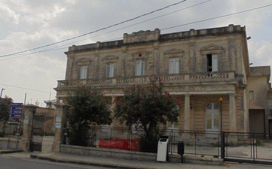 Solarino, Italy: l'ospedale Vasques