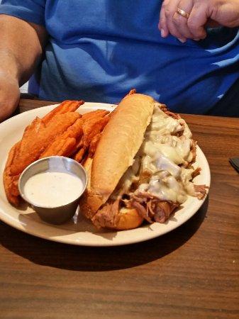 เชลซี, มิชิแกน: Smokehouse 52 BBQ