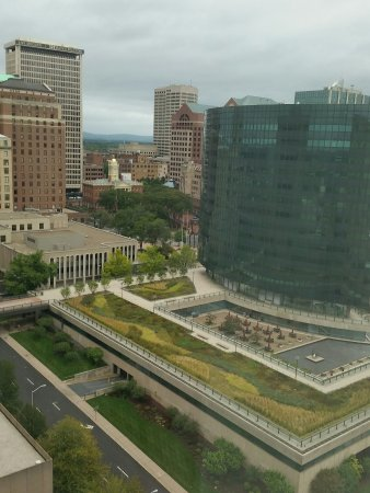 Hartford Marriott Downtown: Vew from our 19th floor room.