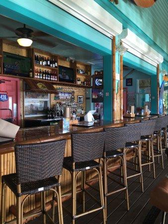 Nokomis, Флорида: Bar at NoKoMo's Sunset Hut
