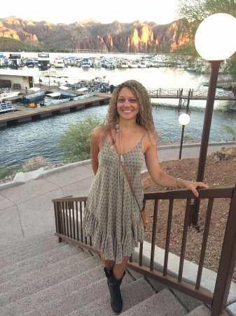 Saguaro Lake Guest Ranch: The Marina is one mile away for dinner