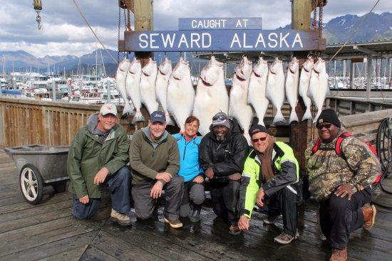 Crackerjack Sportfishing Charters : Fun day of fishing!