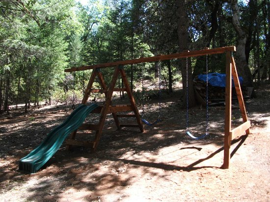 Lewiston, Californien: Swing Set