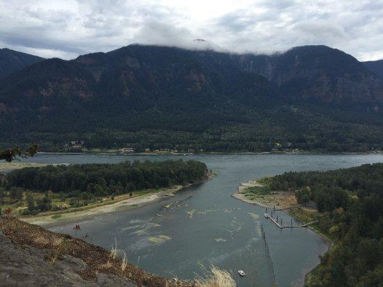 Βόρειο Bonneville, Ουάσιγκτον: Views from Beacon Rock Trail
