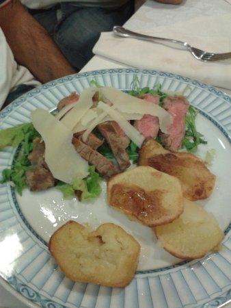 Hotel Semifonte: Tagliata rucola e grana , con patate