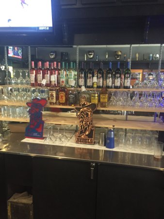 Brandon, MS: Now serving mixed drinks liquor and wine