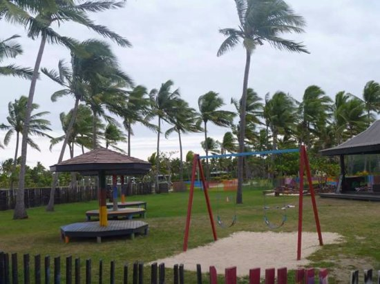 Sonaisali Island, Fiji: Bright fenced off play area