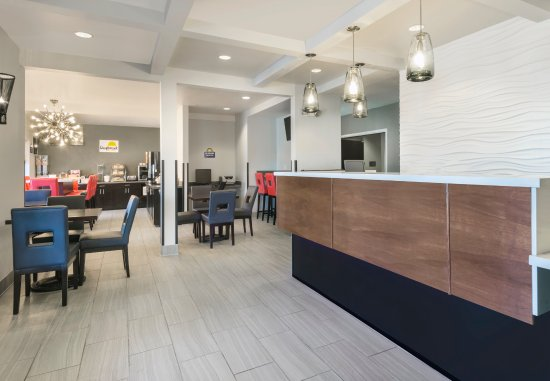 San Bruno, CA: Brand New Lobby and Front Desk