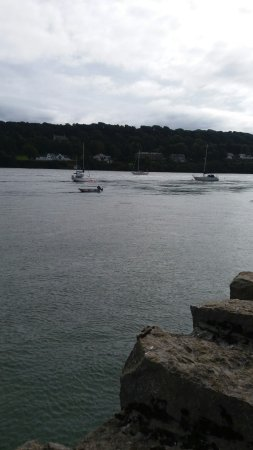 Menai Bridge, UK: 20160918_133054_large.jpg