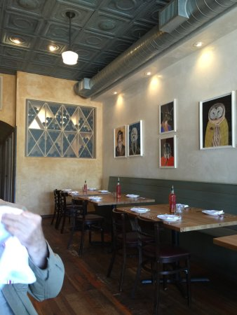 Geyserville, Kalifornia: diavola's indoor dining room