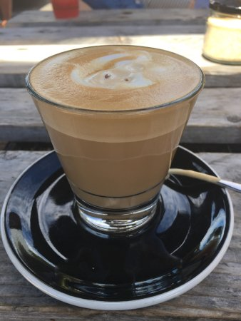 Peregian Beach, Αυστραλία: The best soy decaf latte on the Sunshine Coast .