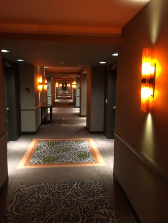 Mohegan Sun Pocono So The Hotel Is Beautiful Nice Rooms Great Restaurants