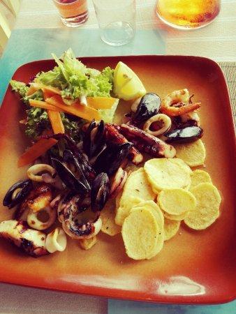 Atlantis Restaurant: Plats de fruits de mer