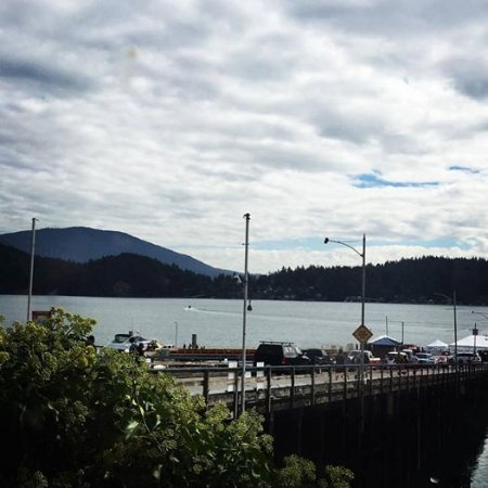 View from Molly's Reach in Gibsons, BC, where CBC-TV's the Beachcombers took place.