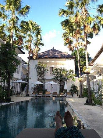 더 콜로니 호텔 사진