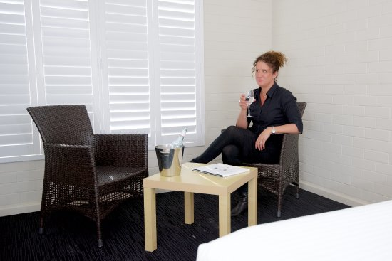 The Murray Hotel Perth: Relax and unwind in our comfy rooms