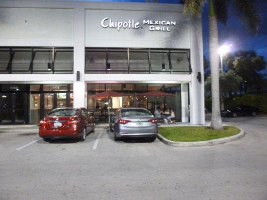 North Miami, FL: Chipotle exterior