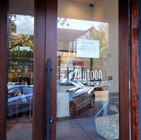Albany, Californien: Front door