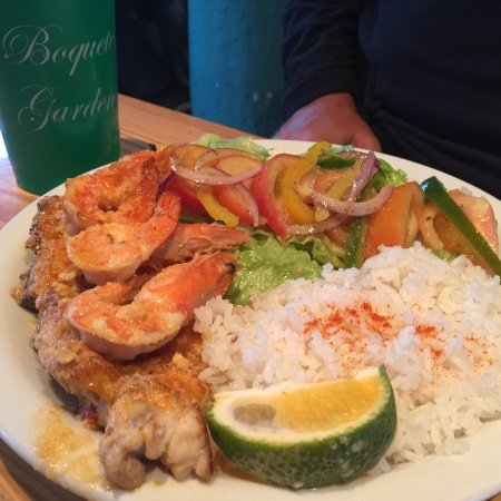 The Fish House: special of the day- uber fresh fish and shrimp