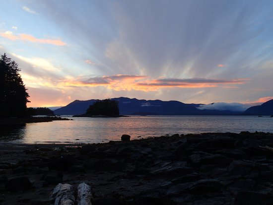 Nanaimo, Canada: Gorgeous sunsets.